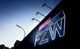 FZW in der Ritterstr im Schatten des U Turm [Foto: Dieter Menne, RN Datum: 01.02.2012]